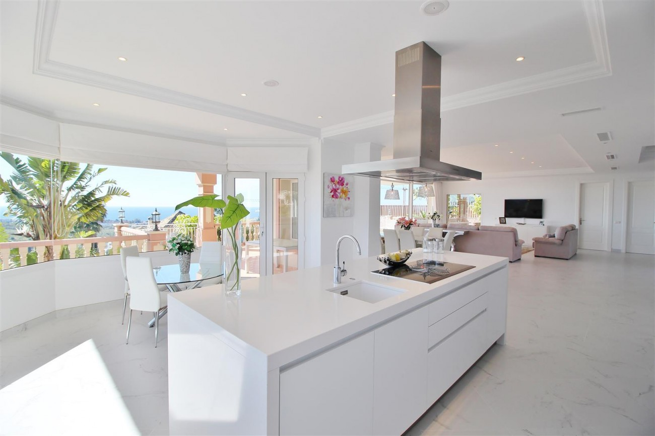 Luxury Villa for sale Benahavis Spain (7) (Large)