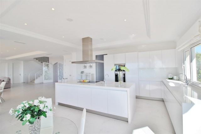 Luxury Villa for sale Benahavis Spain (8) (Large)