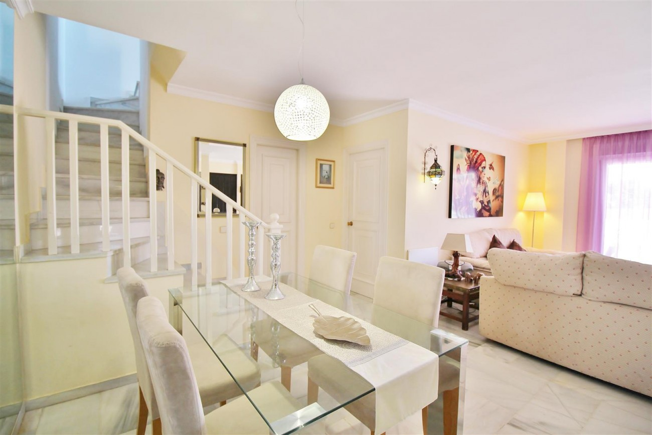 Townhouse for sale close to Puerto Banus Marbella Spain (7) (Large)