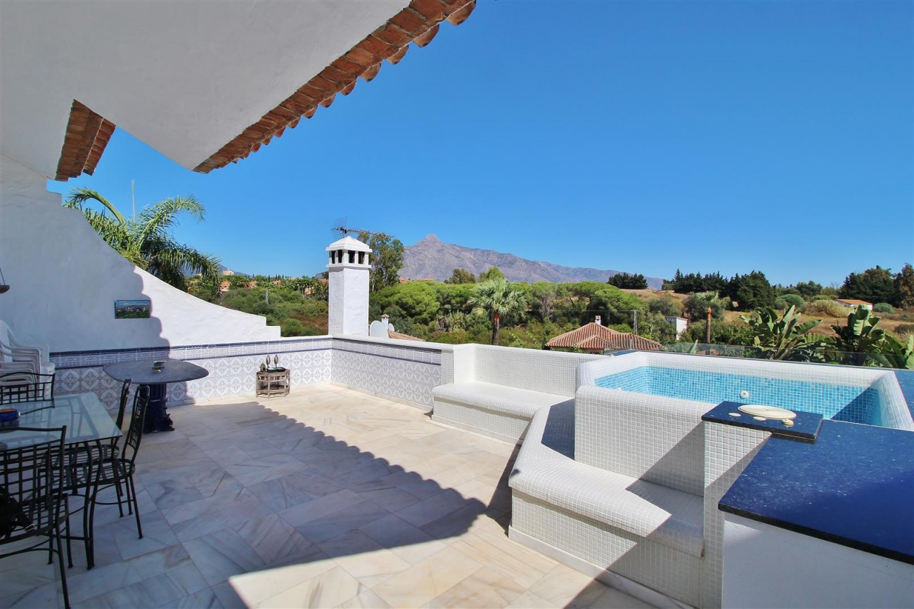 Townhouse for sale close to Puerto Banus Marbella Spain (9) (Large)
