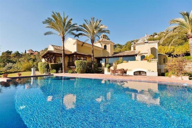 Villa for Sale - 4.500.000€ - La Zagaleta, Costa del Sol - Ref: 4479