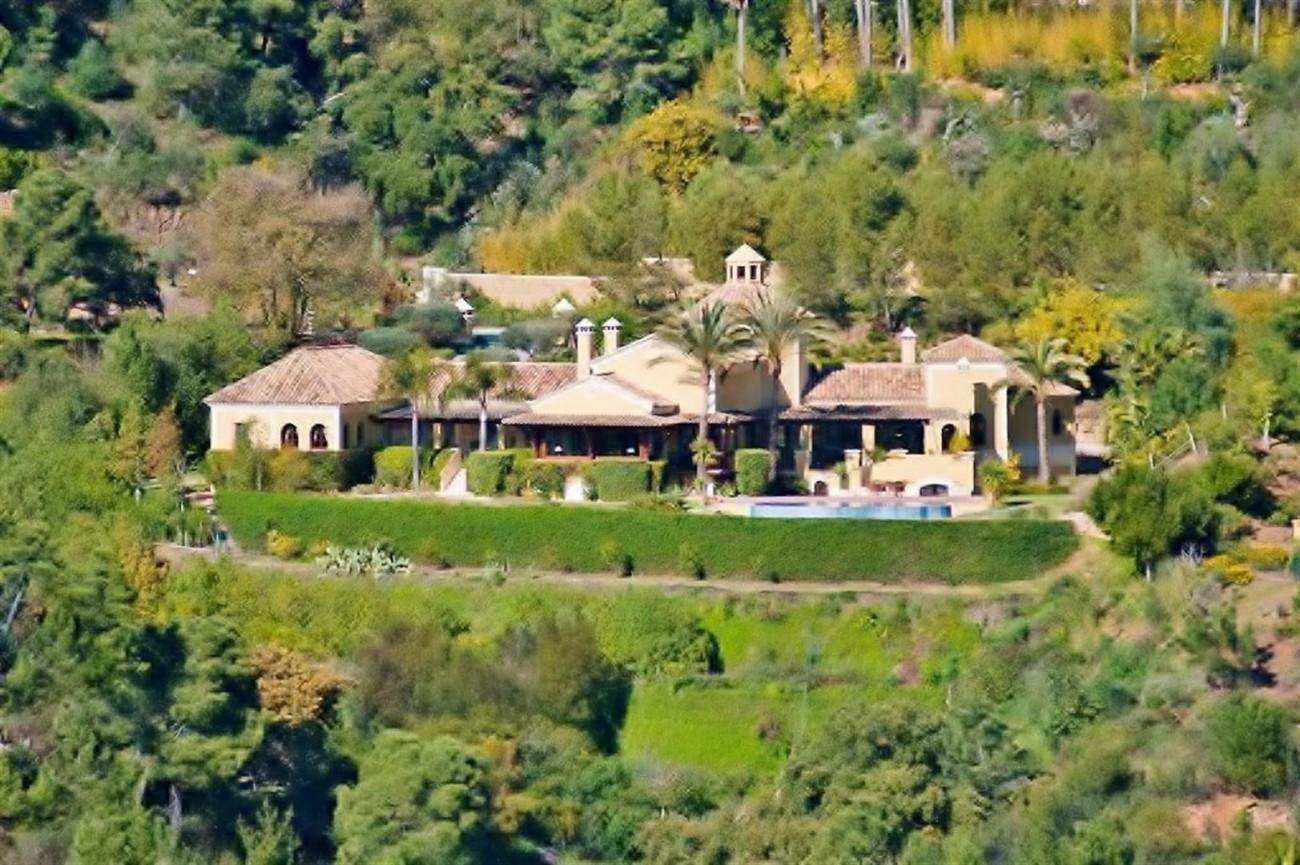 V4479 Luxury Villa Zagaleta Benahavis (5) (Large)