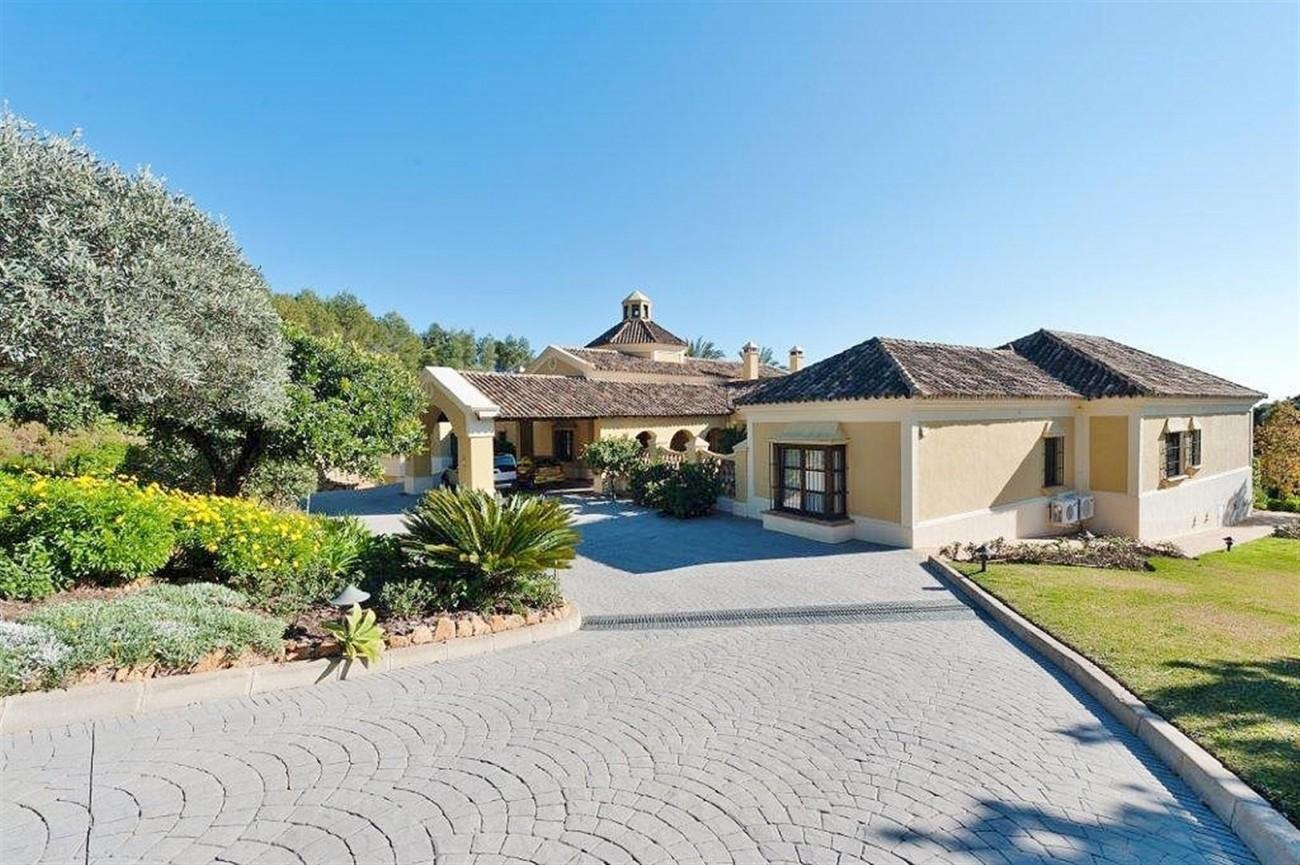 V4479 Luxury Villa Zagaleta Benahavis (6) (Large)