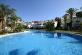 572643 - Aпартамент на продажу в Nueva Andalucía, Marbella, Málaga, Испании