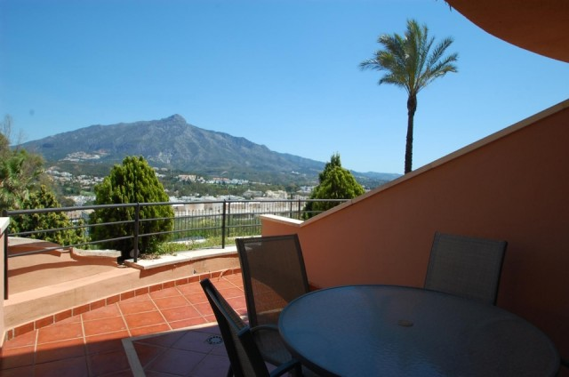 Apartment for Rent - 600€/month - Nueva Andalucía, Costa del Sol - Ref: 4505