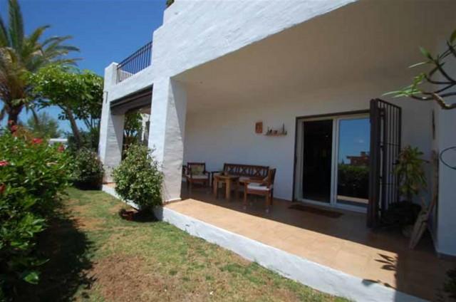 Apartment for Rent - 1.000€/month - Nueva Andalucía, Costa del Sol - Ref: 4522