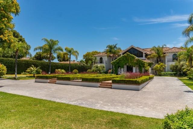 Beachfront Villa for sale Marbella Spain (10) (Large)