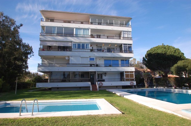 Studio for Rent - 500€/month - Río Verde Playa, Costa del Sol - Ref: 4575