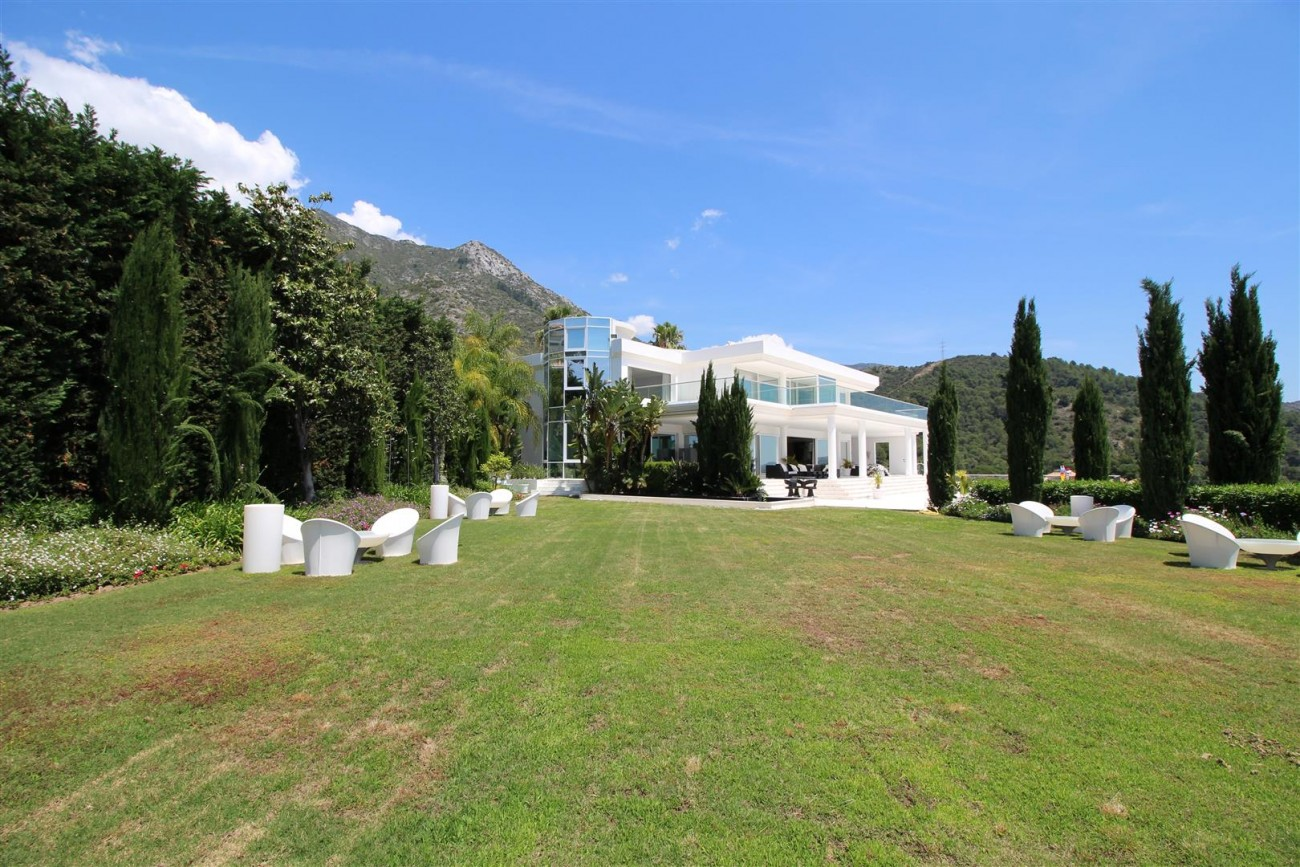 V4577 Luxury Contemporary Villa Golden Marbella Mile For Rent (8)