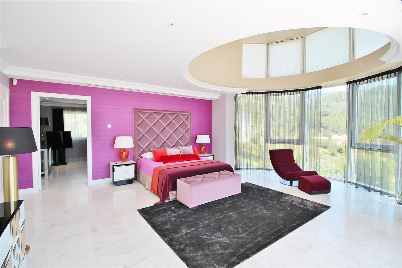 V4577 Luxury Contemporary Villa Golden Marbella Mile For Rent (15)