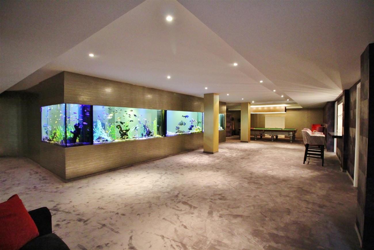 V4577 Luxury Contemporary Villa Golden Marbella Mile For Rent (16)