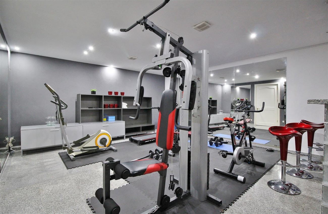 V4577 Luxury Contemporary Villa Golden Marbella Mile For Rent (19)