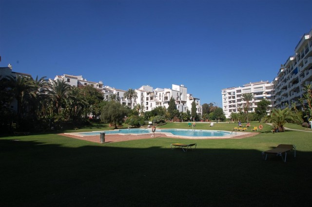 Studio for Sale - 169.600€ - Puerto Banús, Costa del Sol - Ref: 4598
