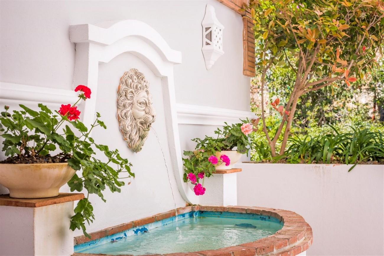 Villa for sale Benahavis Spain (4) (Large)