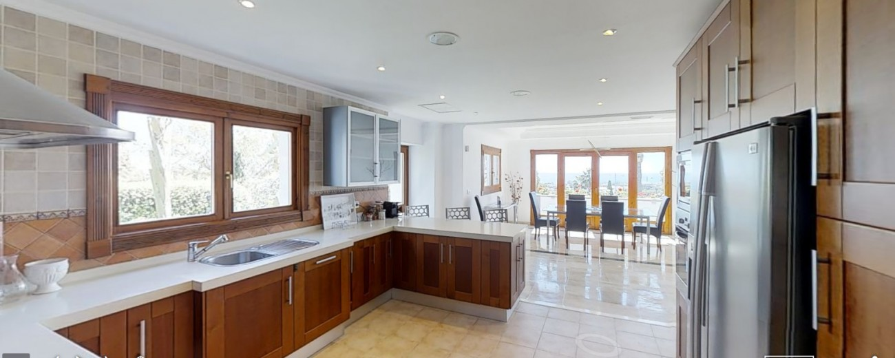 Villa-for-sale-Benahavis-Spain-(5)