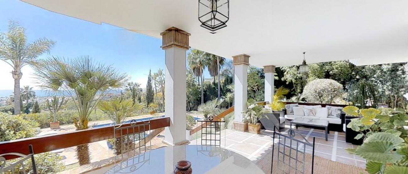 Villa-for-sale-Benahavis-Spain-(7)