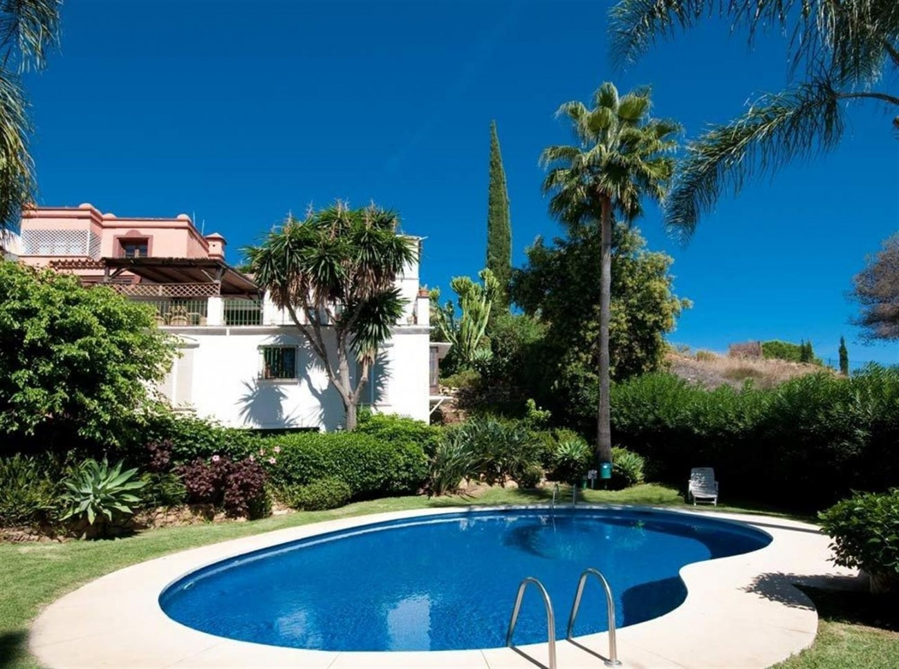 Townhouse for sale Marbella Golden Mile Spain (7) (Large)
