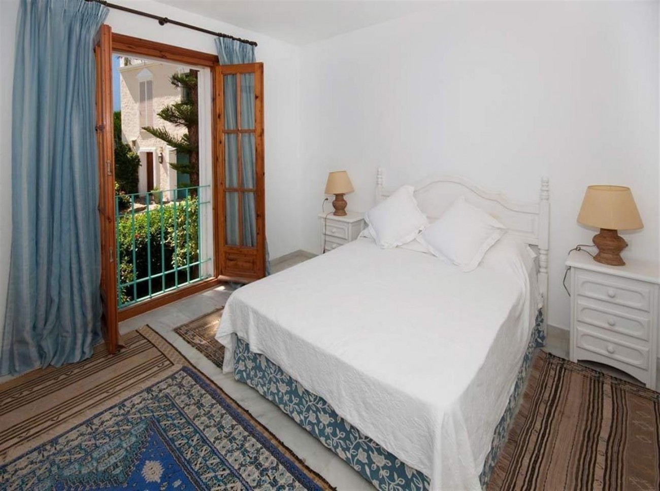 Townhouse for sale Marbella Golden Mile Spain (11) (Large)