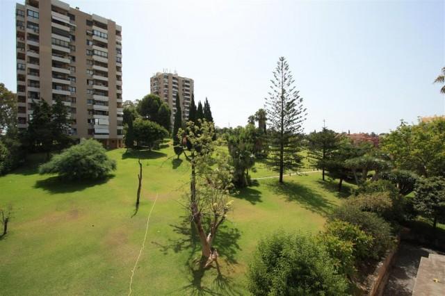 Apartment for Sale - 169.000€ - Nueva Andalucía, Costa del Sol - Ref: 4653