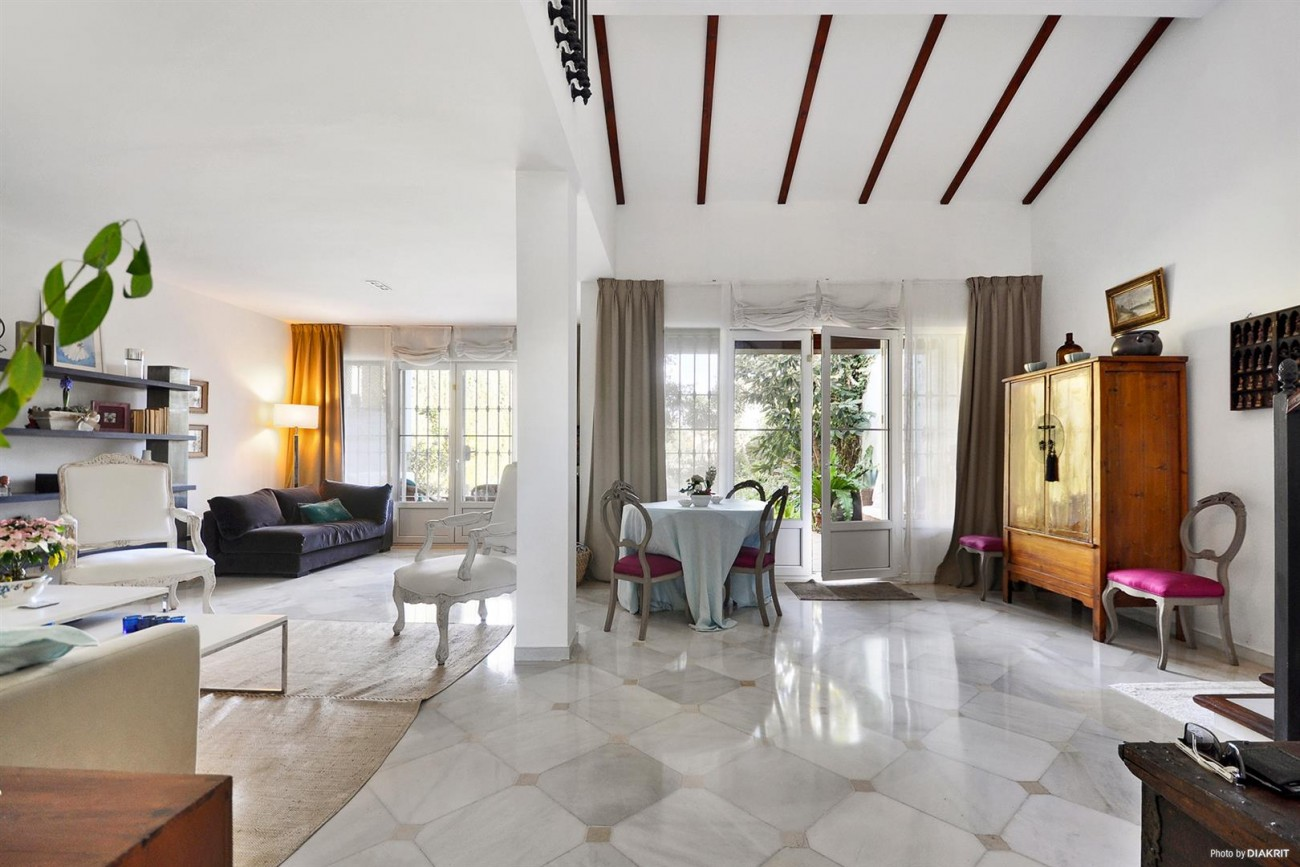 Townhouse for sale Marbella Spain (7) (Large)