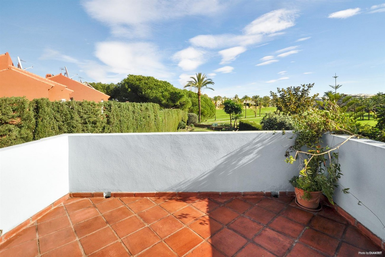 Townhouse for sale Marbella Spain (12) (Large)