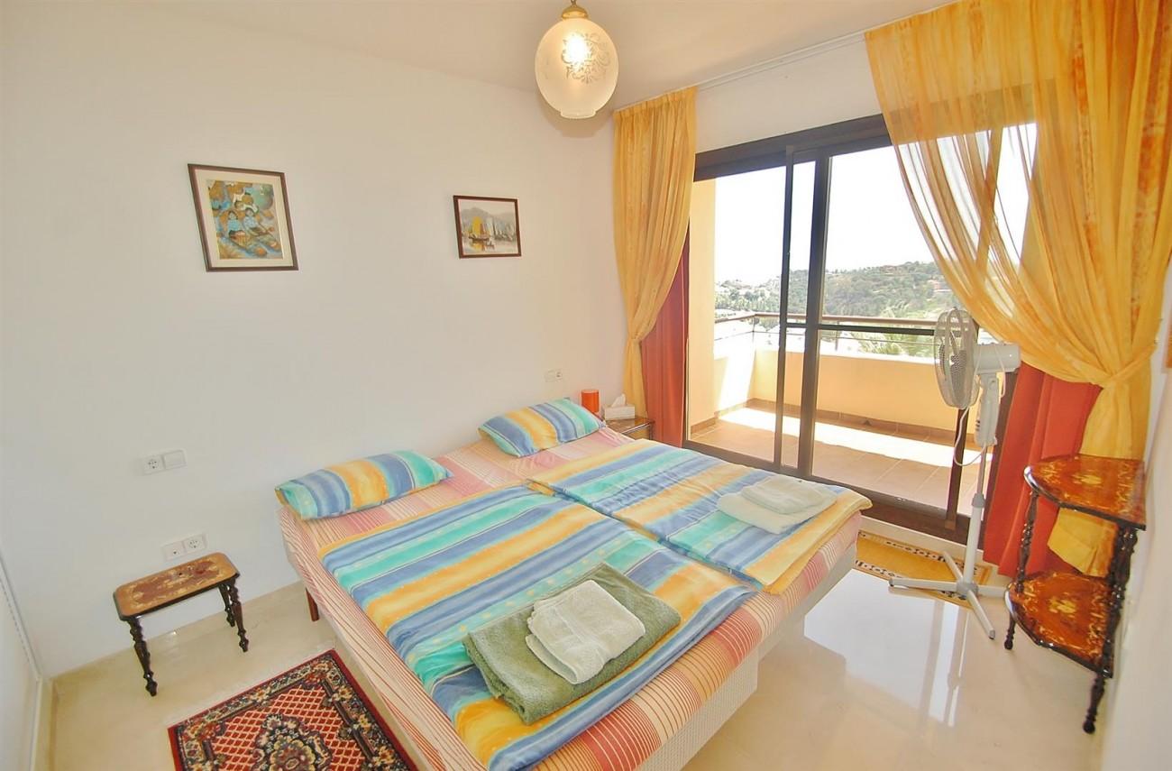 A4736 Apartment Duplex in Los Arqueros Benahavis Spain (6) (Large)