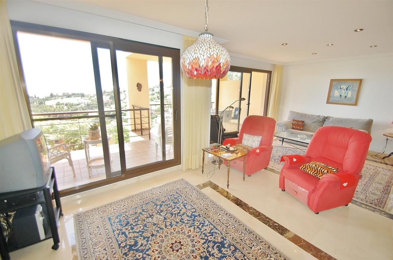 A4736 Apartment Duplex in Los Arqueros Benahavis Spain (18) (Large)