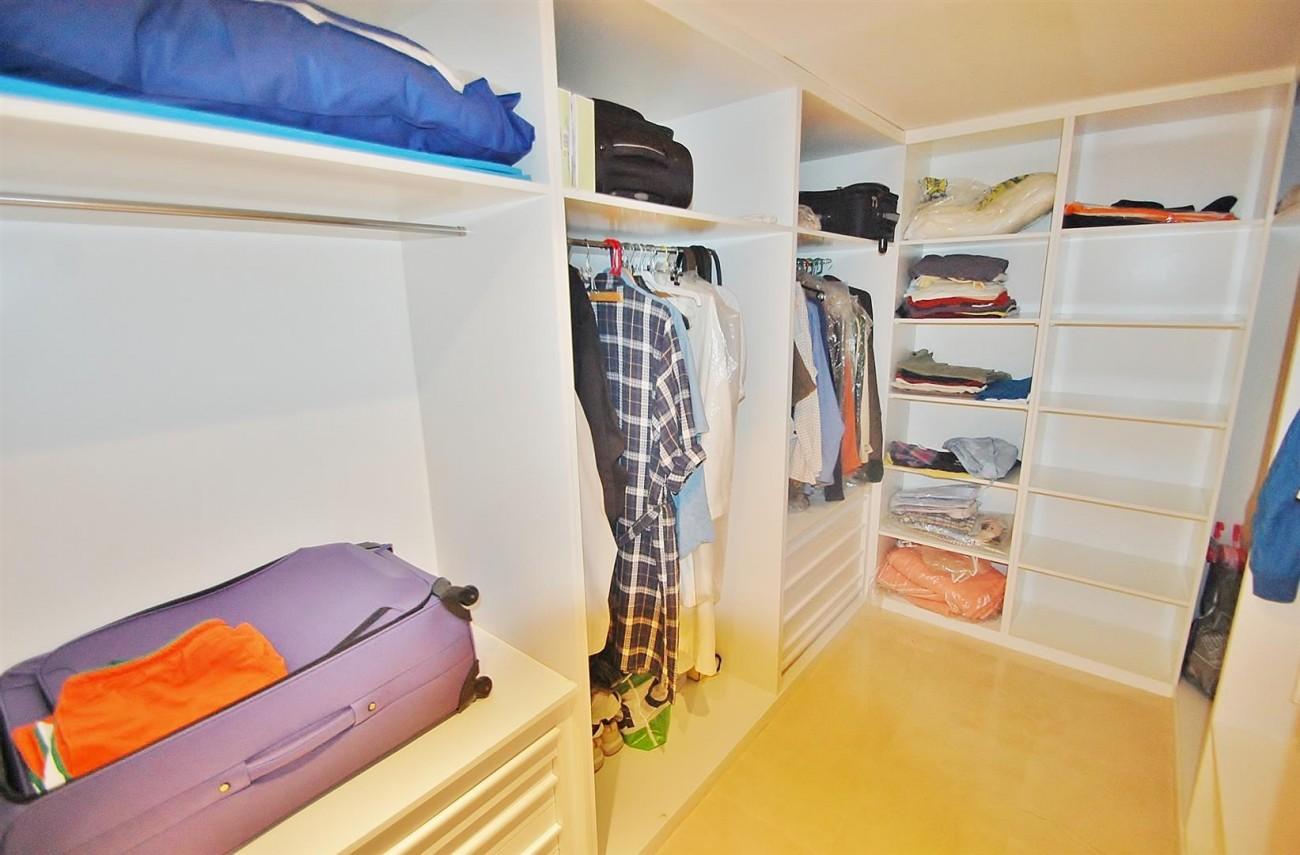 A4736 Apartment Duplex in Los Arqueros Benahavis Spain (34) (Large)