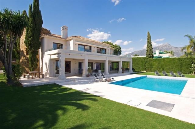 Villa for Sale - 3.995.000€ - La Cerquilla, Costa del Sol - Ref: 4814