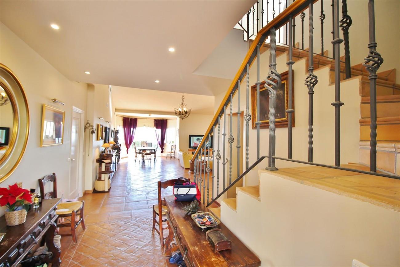 Villa for sale close to Puerto Banus Spain (3) (Large)