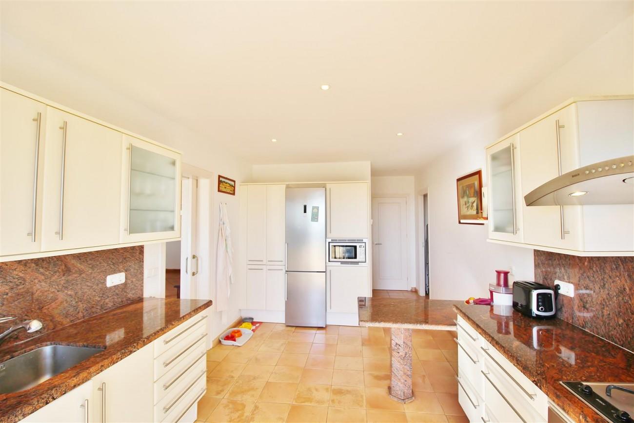 Villa for sale close to Puerto Banus Spain (7) (Large)