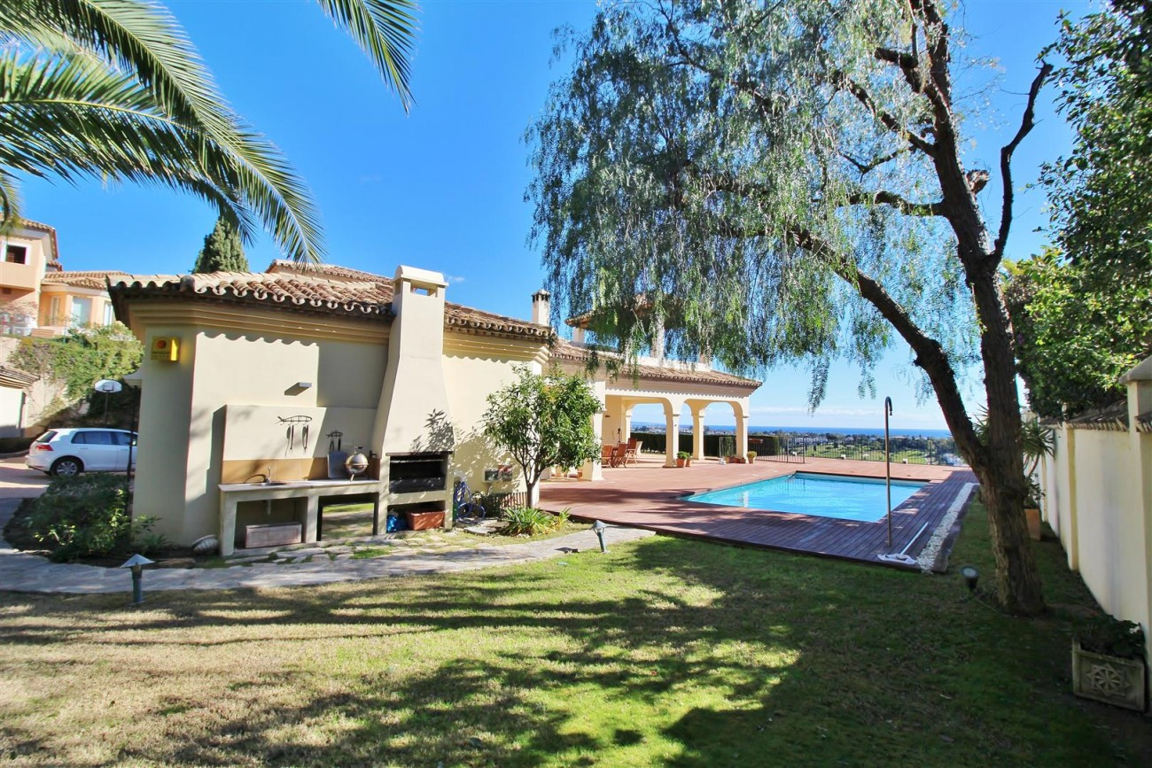 Villa for sale close to Puerto Banus Spain (17) (Large)