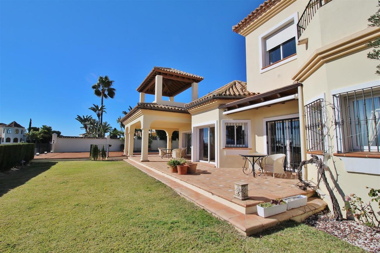 Villa for sale close to Puerto Banus Spain (18) (Large)