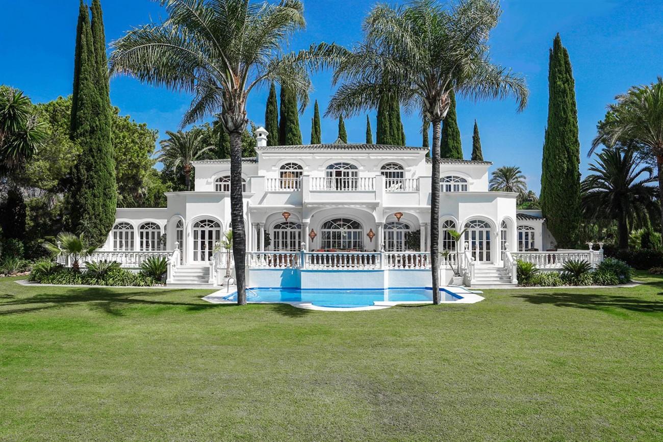 Luxury Villa For Sale Estepona Malaga Spain (1) (Large)