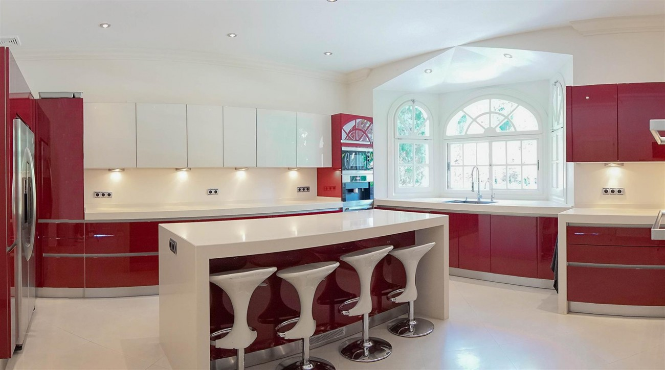 Luxury Villa For Sale Estepona Malaga Spain (6) (Large)