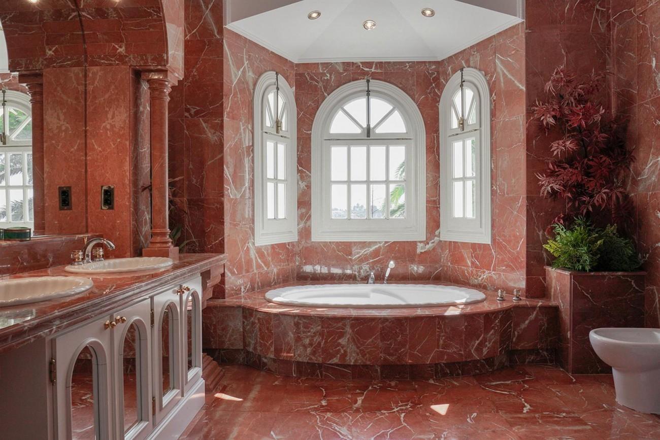 Luxury Villa For Sale Estepona Malaga Spain (11) (Large)