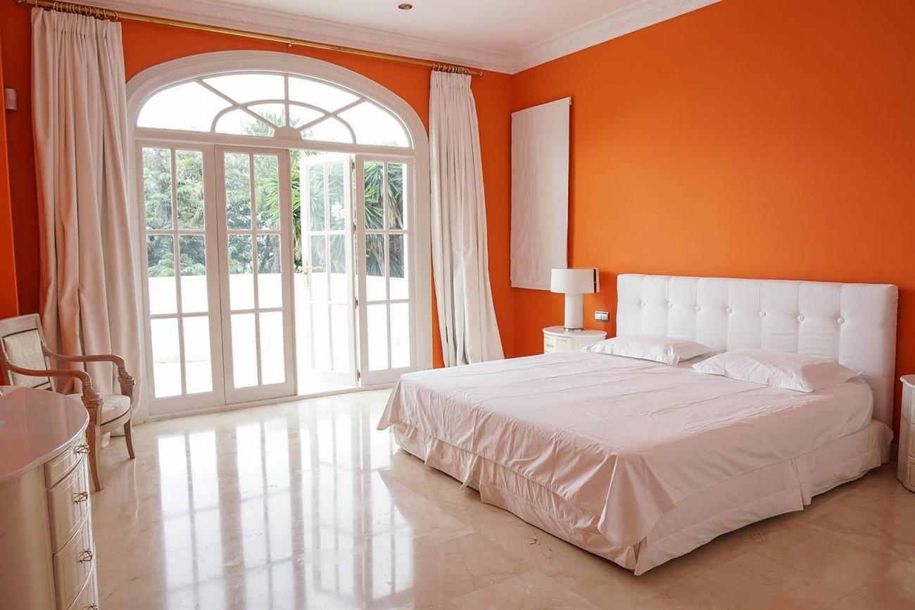 Luxury Villa For Sale Estepona Malaga Spain (14) (Large)
