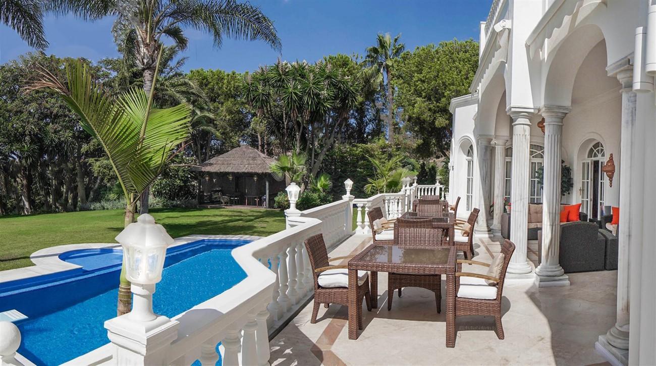 Luxury Villa For Sale Estepona Malaga Spain (20) (Large)