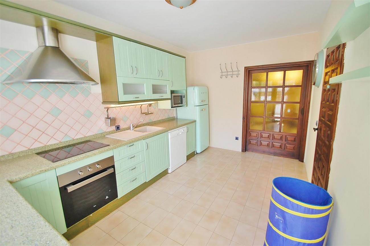 V4913 Villa for sale in Nueva Andalucia Marbella Spain (5) (Large)