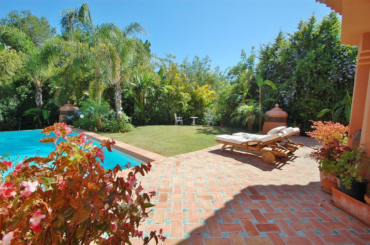 Villa for sale Nueva Andalucia Marbella Spain (2) (Large)