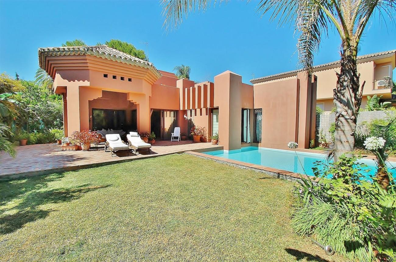 Villa for sale Nueva Andalucia Marbella Spain (6) (Large)
