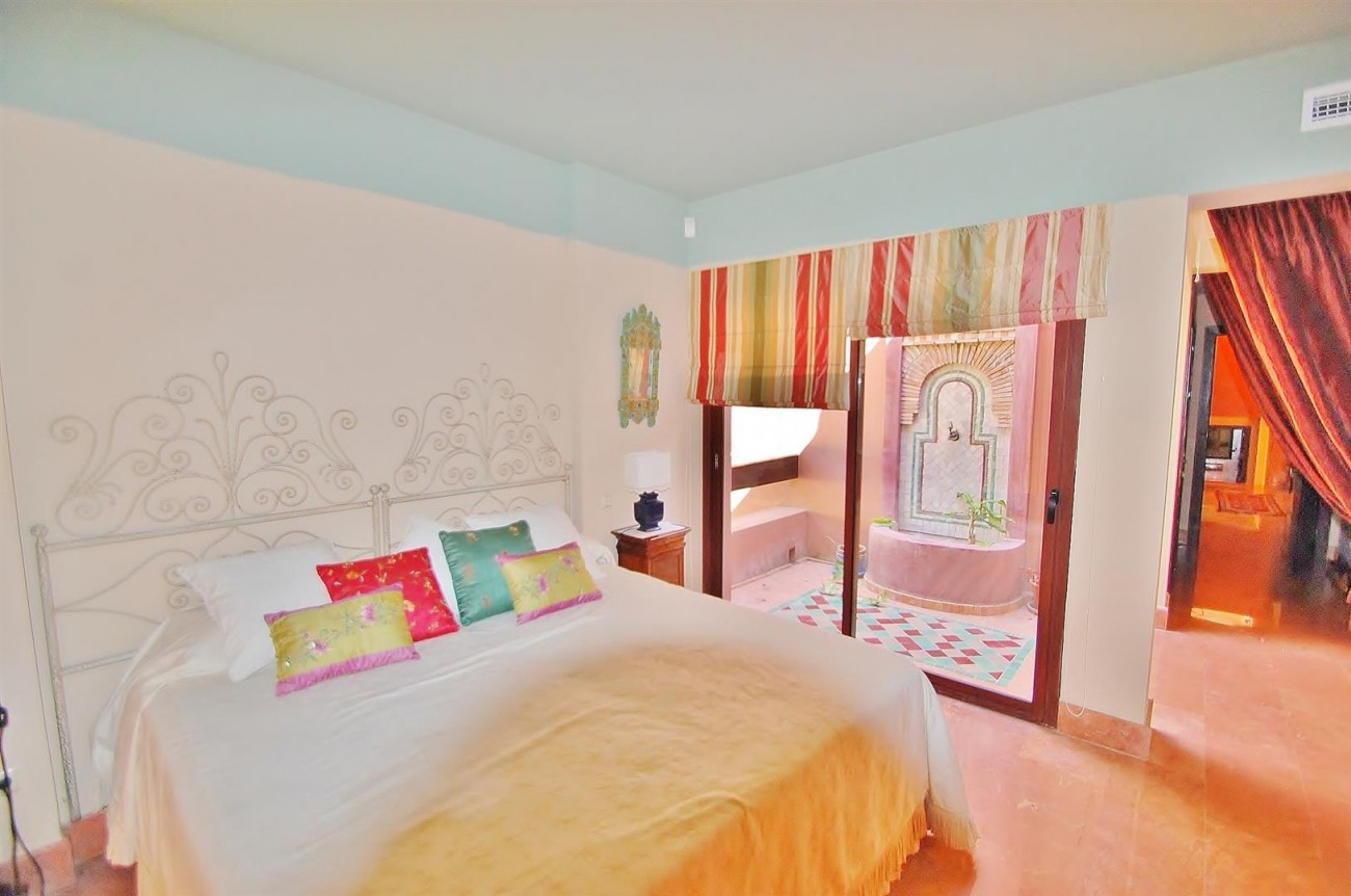 Villa for sale Nueva Andalucia Marbella Spain (12) (Large)