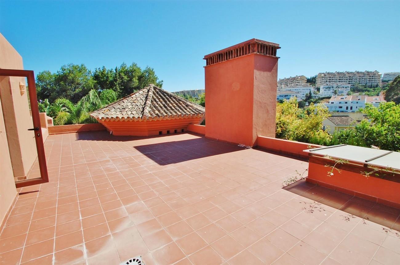 Villa for sale Nueva Andalucia Marbella Spain (13) (Large)