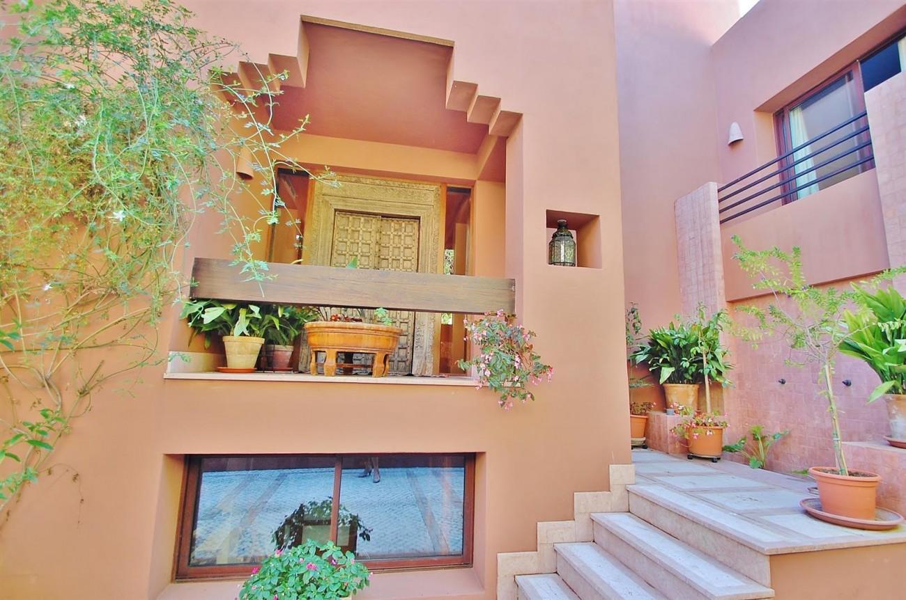 Villa for sale Nueva Andalucia Marbella Spain (14) (Large)