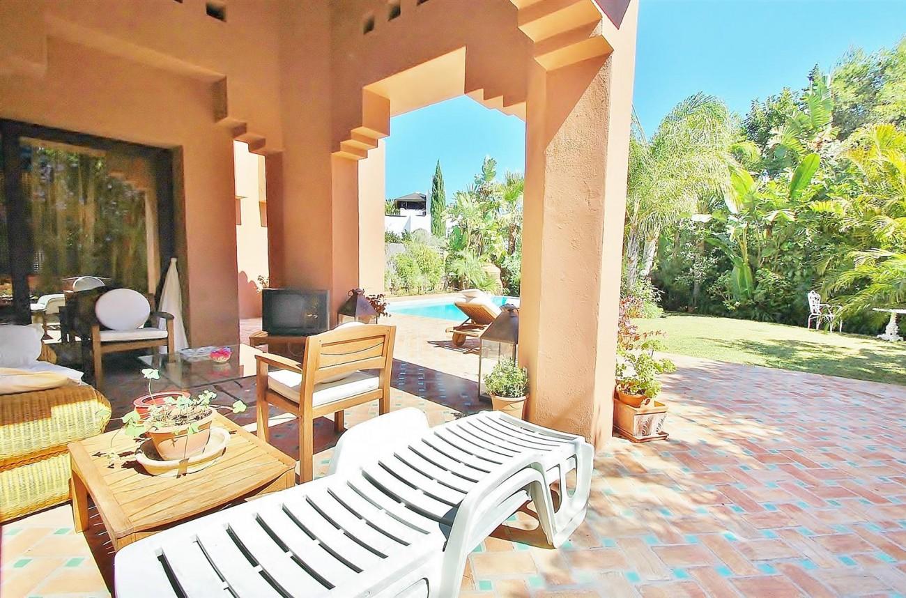 Villa for sale Nueva Andalucia Marbella Spain (16) (Large)