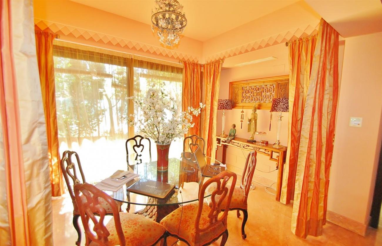 Villa for sale Nueva Andalucia Marbella Spain (Large)