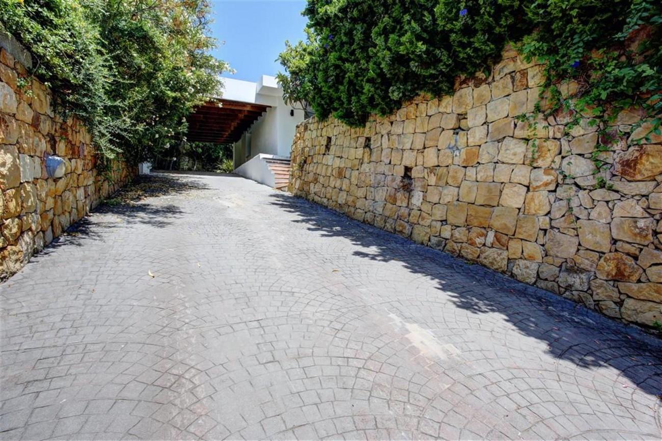 V4999 Villa Nueva Andalucia (12) (Large)
