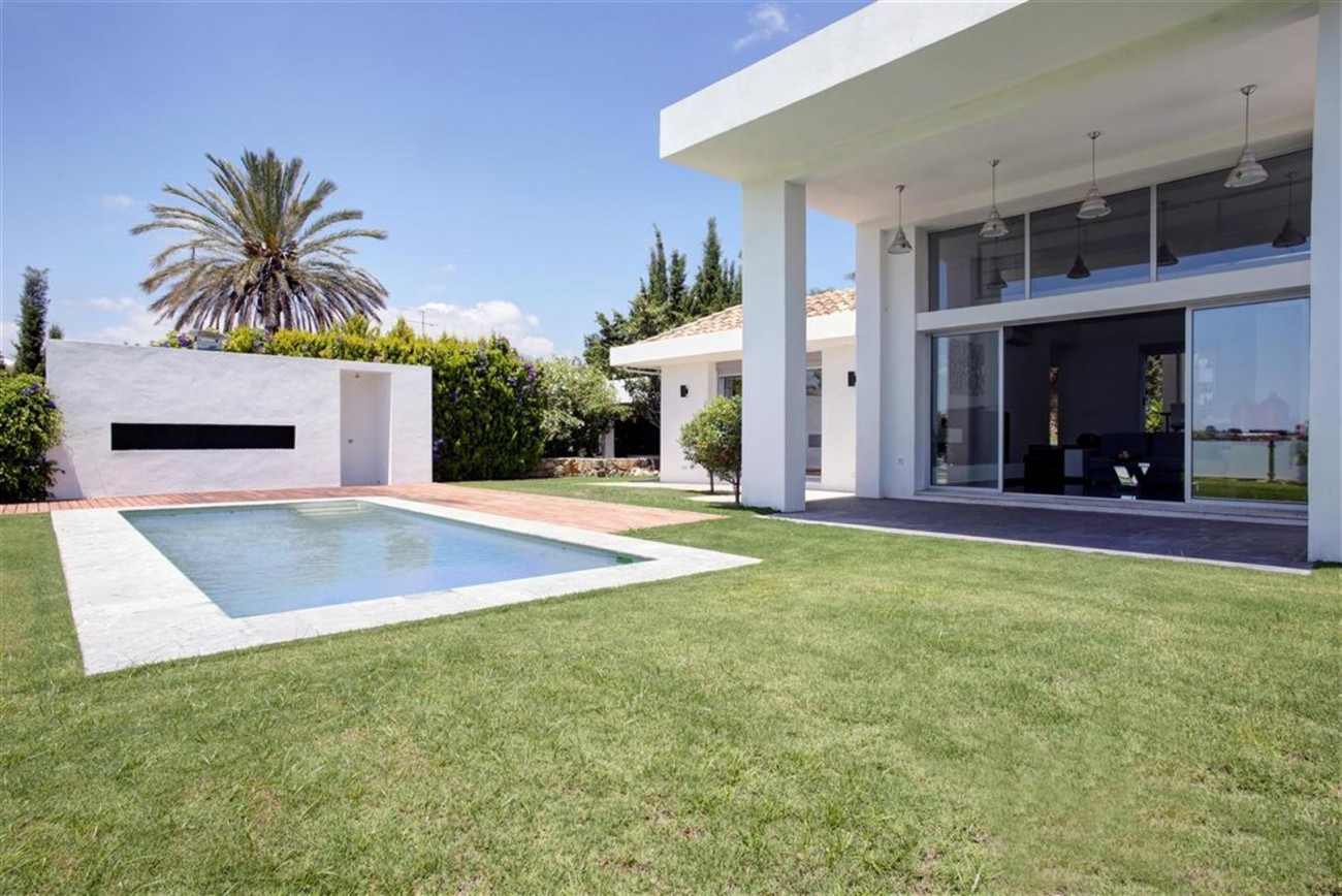 V4999 Villa Nueva Andalucia (16) (Large)