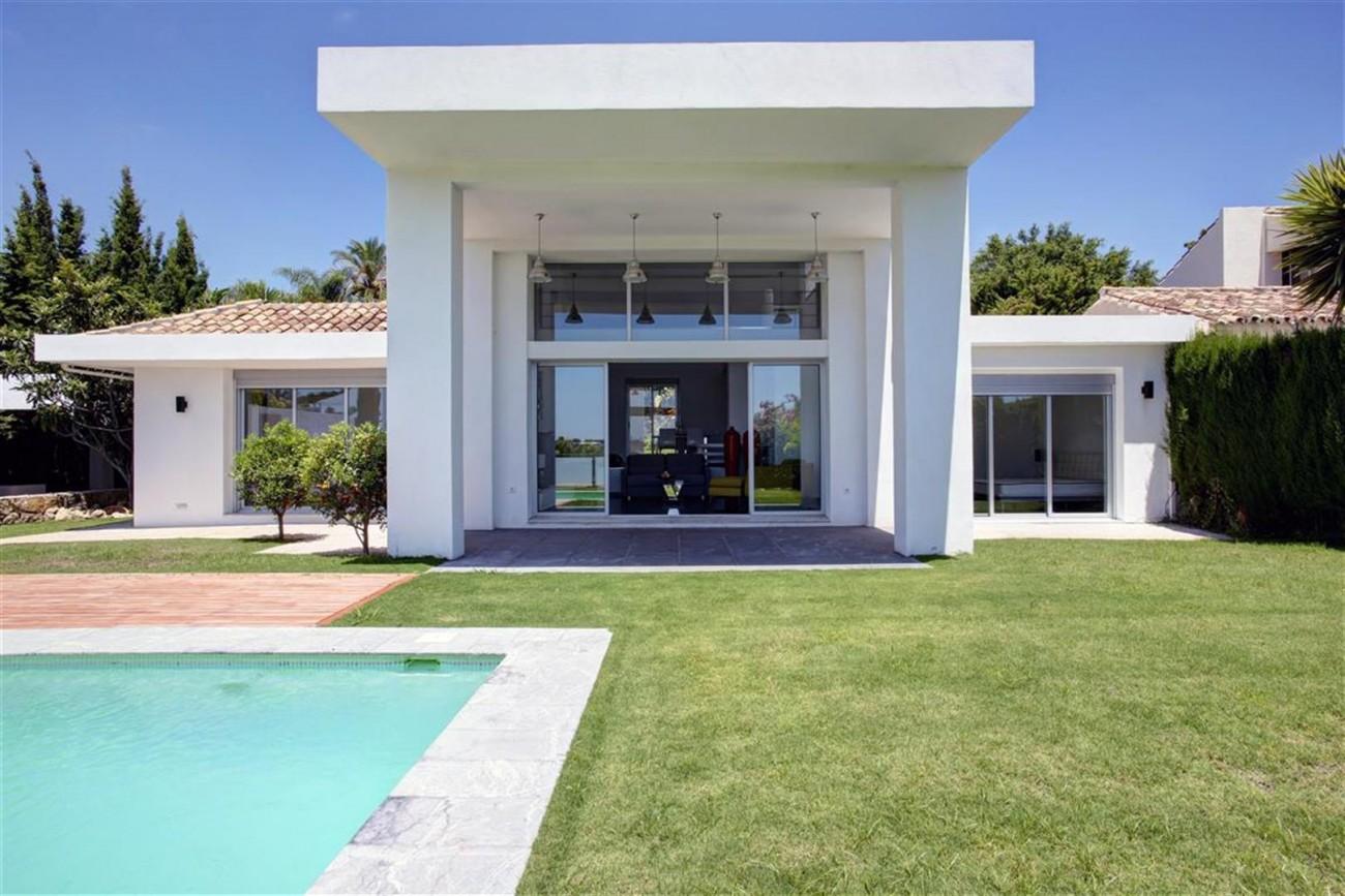 V4999 Villa Nueva Andalucia (17) (Large)