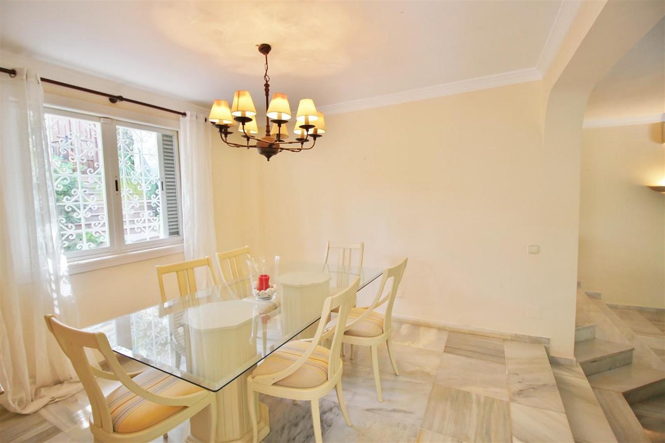 Elegant Villa For Sale Nueva Andalucia Marbella Spain (13) (Large)